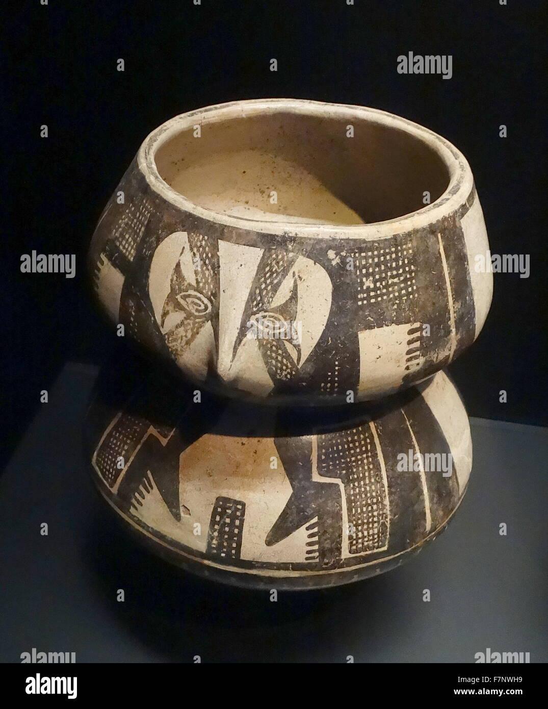 pre-Colombian terracotta jar from Ecuador - Stock Image