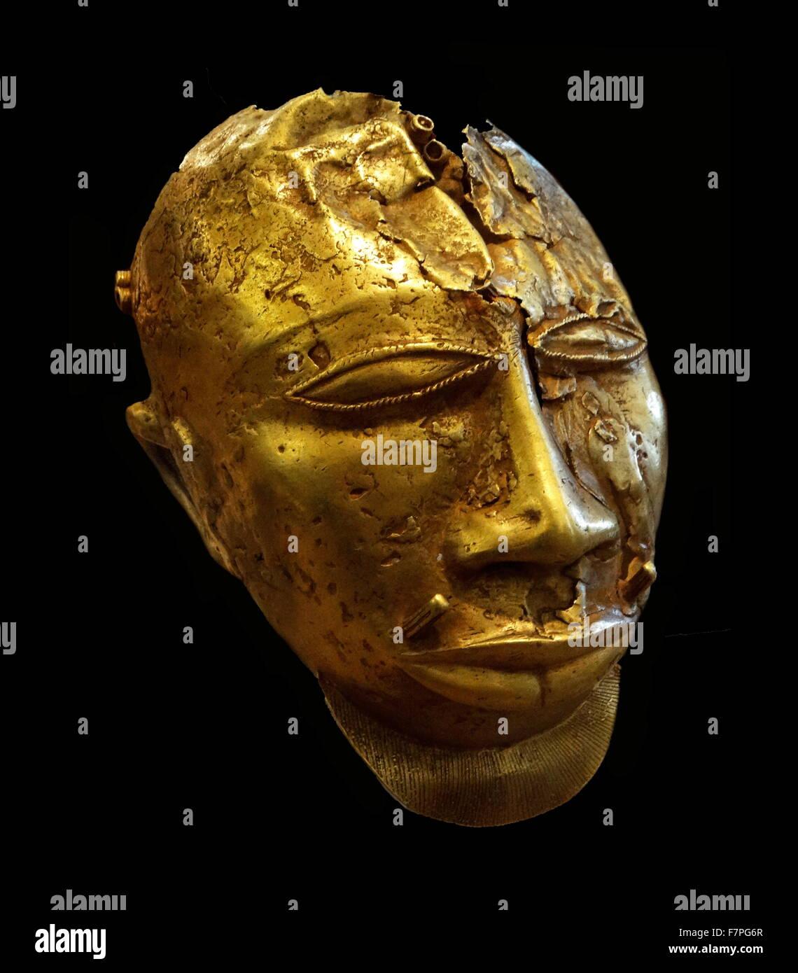 Part of the Treasure of Kofi-Karikari, King of Ashanti, present-day Ghana Stock Photo