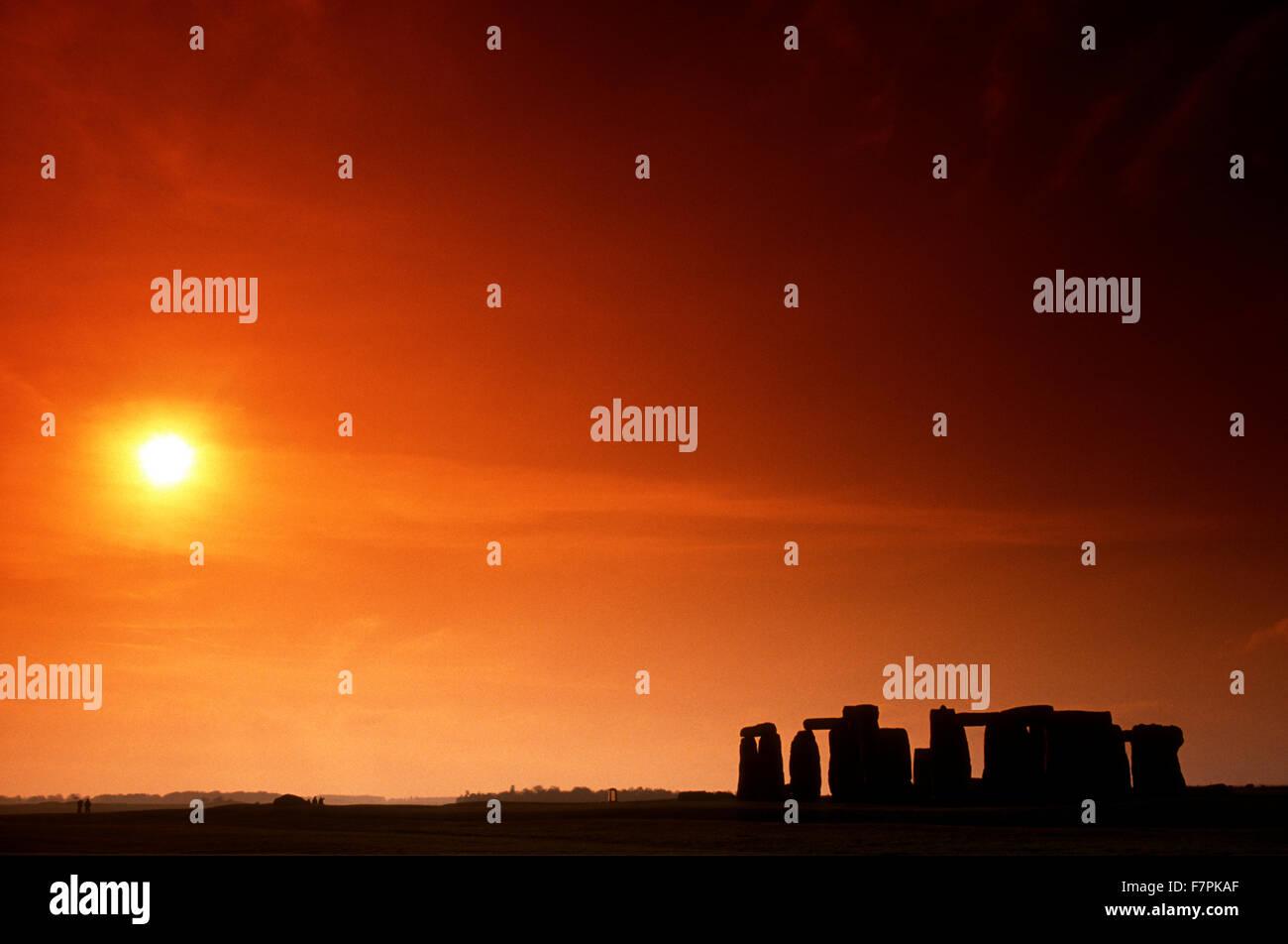 Sunset over Stonehenge, UNESCO World Heritage Site, Wiltshire, UK Stock Photo