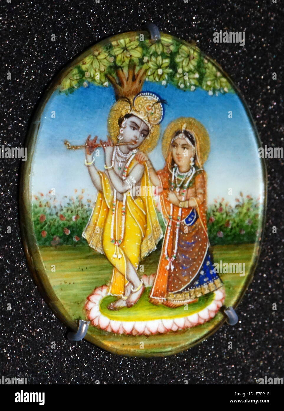 Hindu deities, Krishna and radha. From a collection of roundels of Hindu deities. Gouache on ivory with pencil, - Stock Image