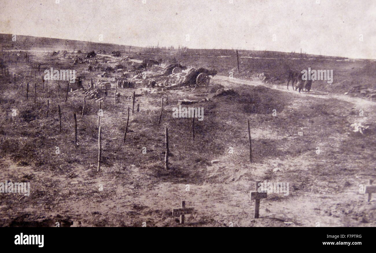 Abandoned artillery at a battlefront during World war One 1916 - Stock Image