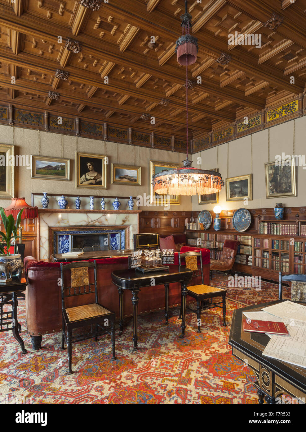 A view of the Library at Cragside Northumberland. The house one of the & Country House Library Stock Photos \u0026 Country House Library Stock ...