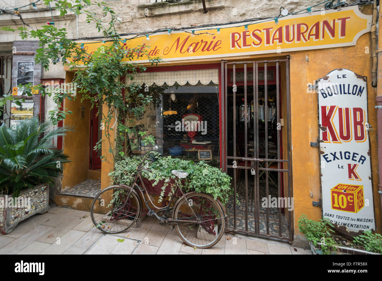 Marie Restaurant, bicycle, St. Remy de Provence, France - Stock Image