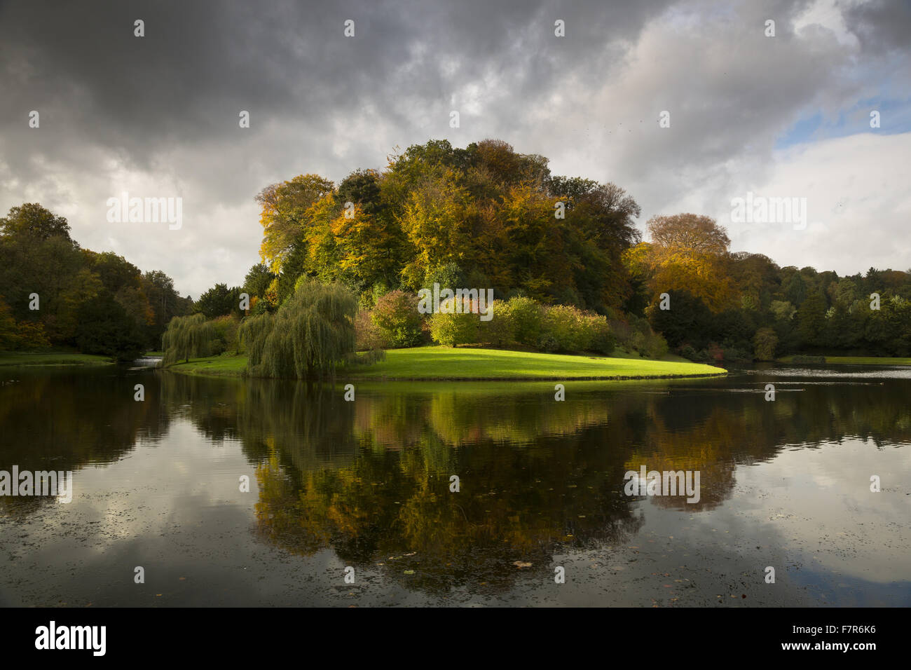 Fountains Abbey and Studley Royal Water Garden, North Yorkshire ...