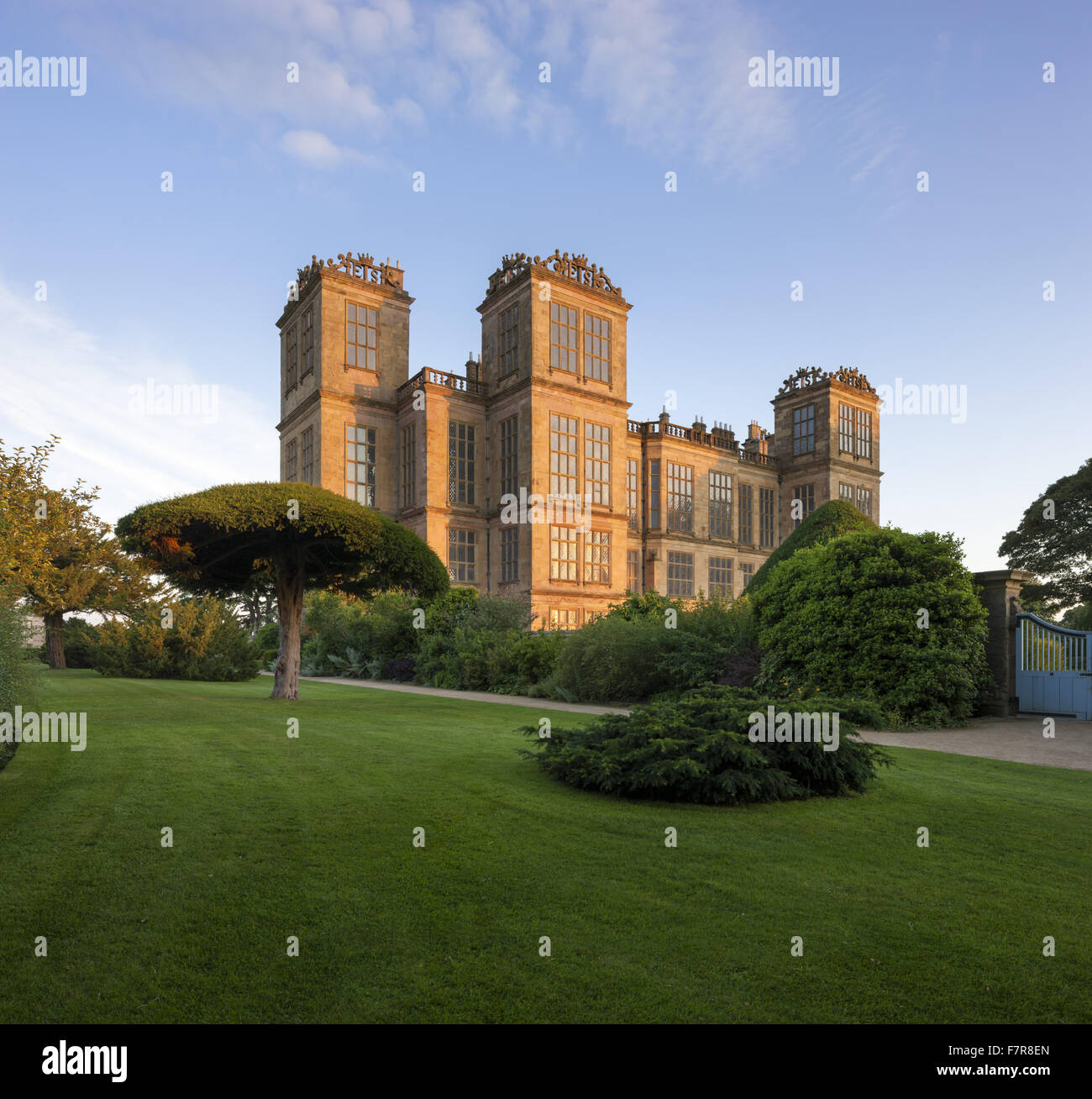 Hardwick Hall, Derbyshire. The Hardwick Estate is made up of stunning houses and beautiful landscapes. - Stock Image