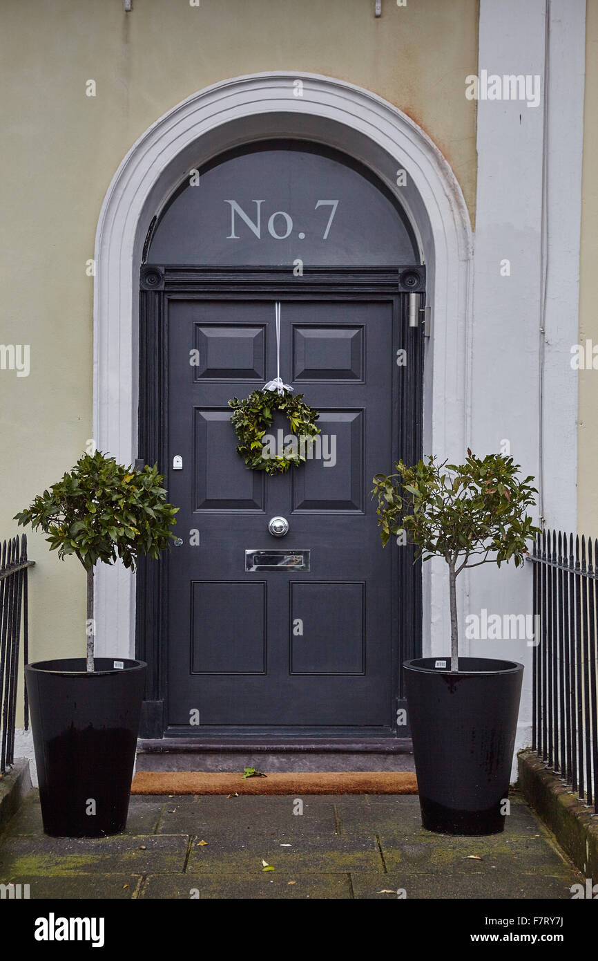 Christmas Wreath On Grey Front Door Stock Photo 90880710 Alamy