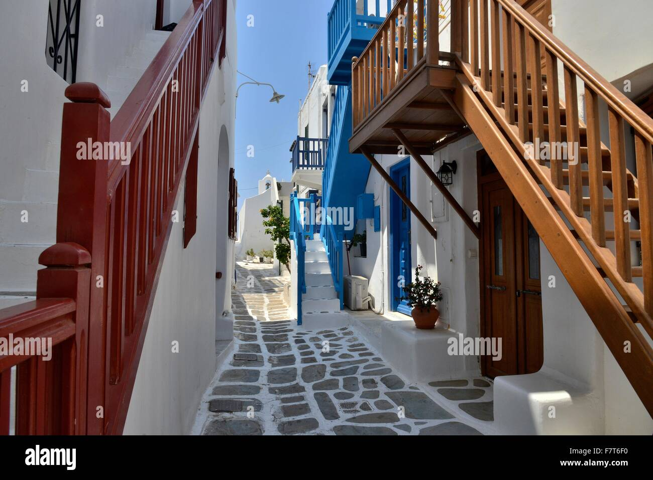 Narrow alley with staircases in the historic centre, Mykonos Town or Chora, Mykonos, Cyclades, Greece - Stock Image