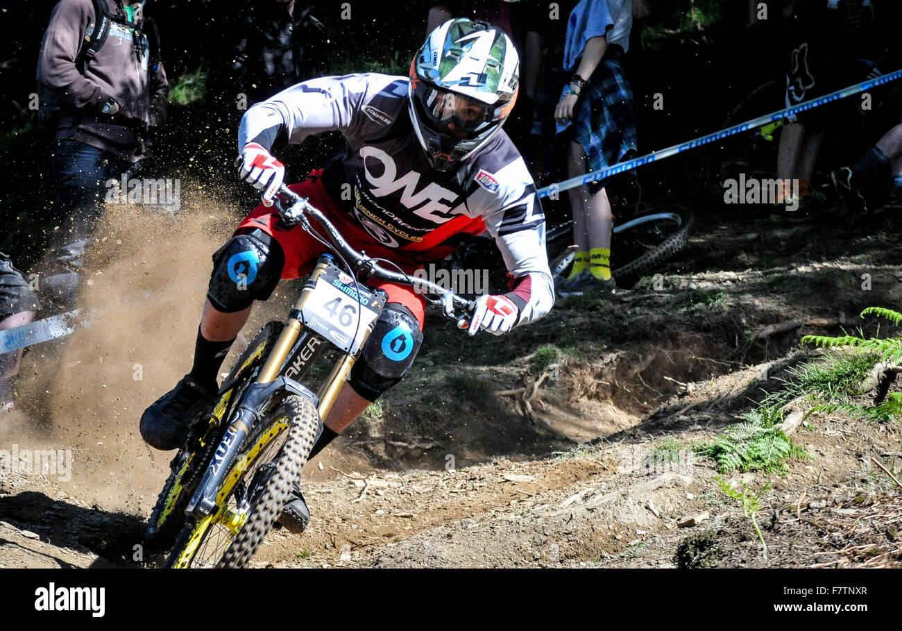 Competitive Downhill Mountain Bike race in the UK, Wales, Great Britain - Stock Image