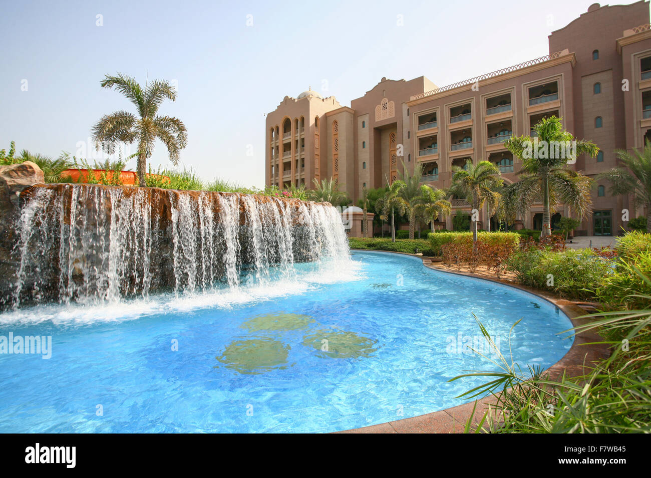 Swimming Pool In Emirates Palace Hotel Abu Dhabi United Arab Stock Photo 90911973 Alamy