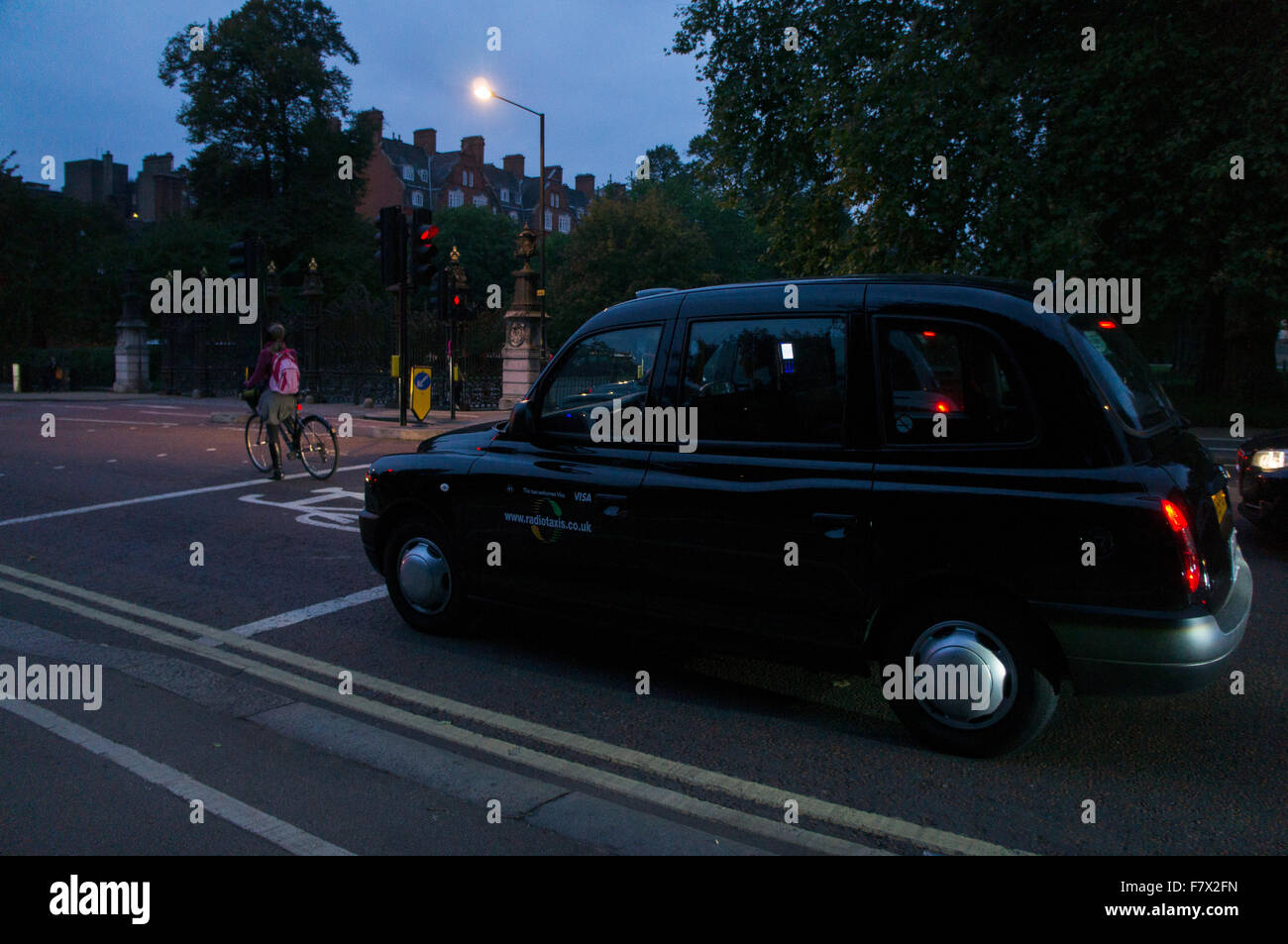 London taxi, hackney carriage, black cab, hack - Stock Image