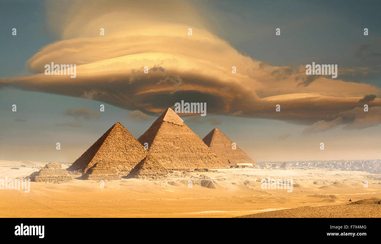 Dramatic storm cloud above pyramids, Giza, Egypt Stock Photo