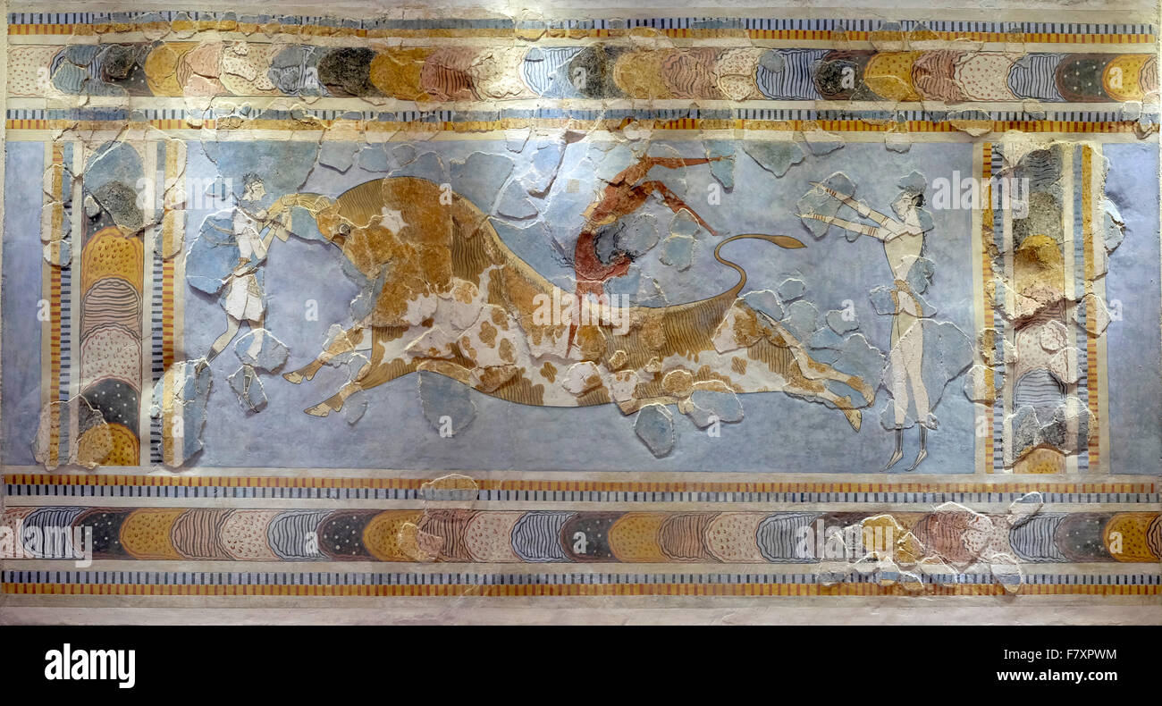 Minoan fresco.  Bull leaping, 1600-1450 BC, from Knossos palace.  Acrobat somersaulting the length of a bull's back. Stock Photo