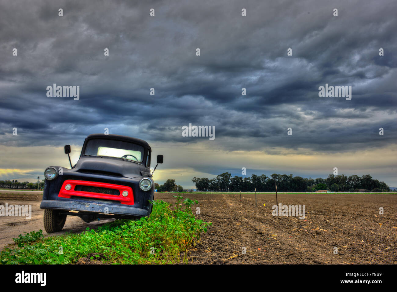 Front view of old Chevy truck Stock Photo: 90953725 - Alamy