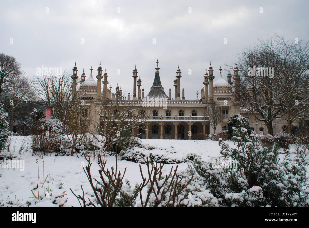 Brighton Pavilion in the snow Stock Photo