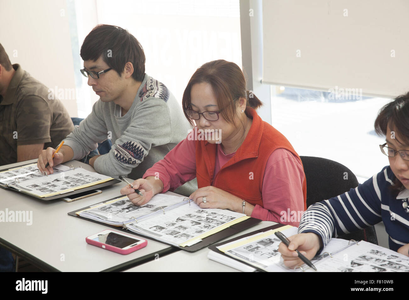 legal immigrants in new york city take free english classes at a
