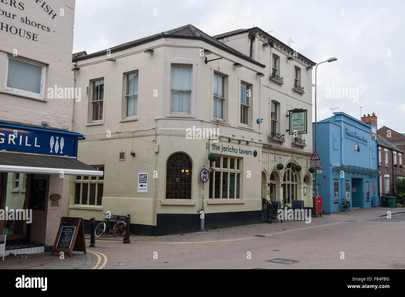 The Jericho Tavern and Phoenix Picture House, Oxford, United Kingdom - Stock Image