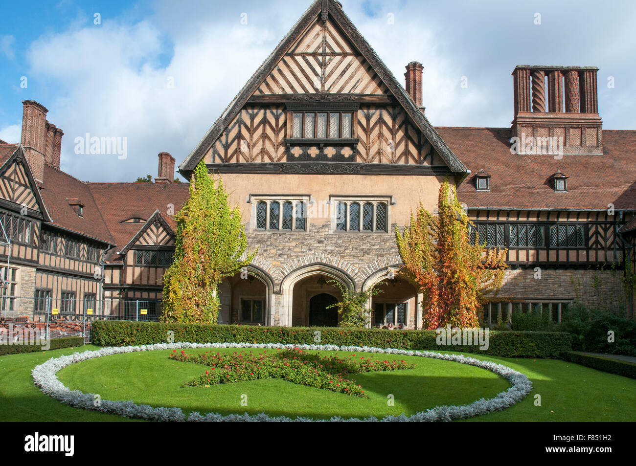 Schloss Cecilienhof in the Neuer Park, Potsdam, venue for the 1945 Potsdam Conference that divided occupied Germany. - Stock Image