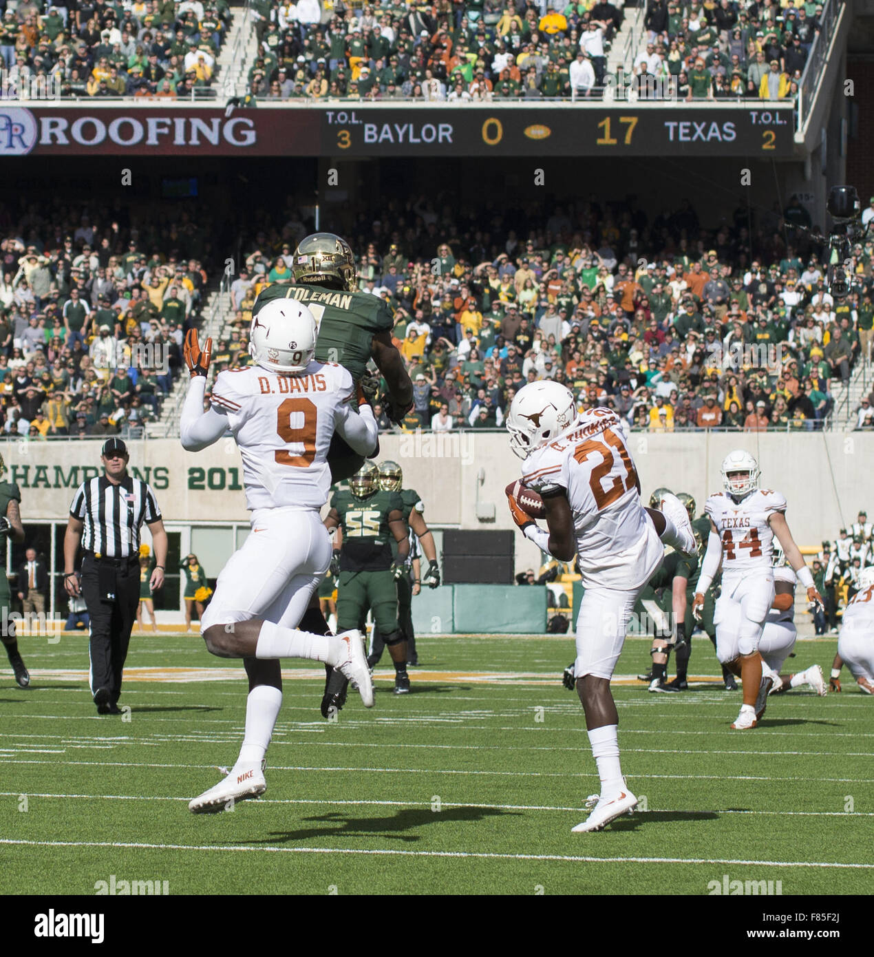 Waco, Texas, US. 5th Dec, 2015. Intended pass for Baylor WR #(1) Corey Coleman is picked off by Longhorn CB #(21) Stock Photo