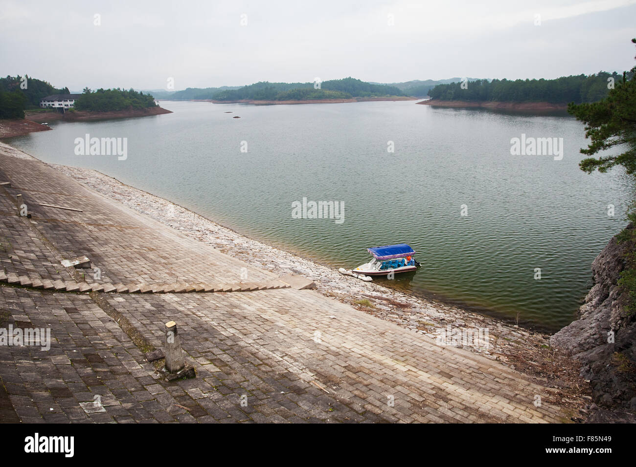 The boat on Teanding lake in China - Stock Image