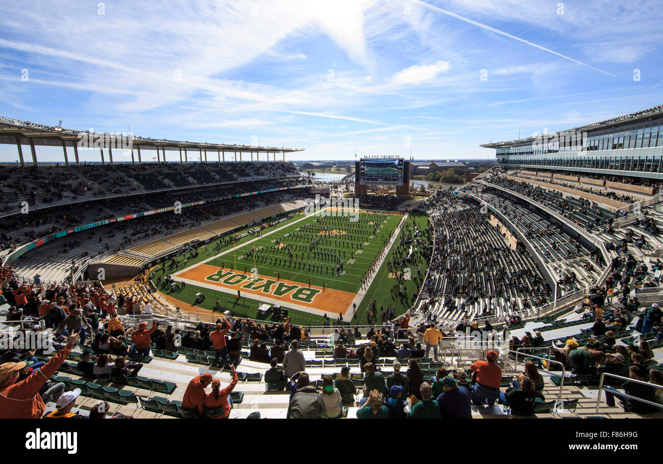 Waco, Texas, USA. 5th Dec, 2015. Baylor Bears marching band performs during the pregame at the NCAA football game between Texas vs Baylor at McLane Stadium in Waco, Texas. © csm/Alamy Live News Stock Photo