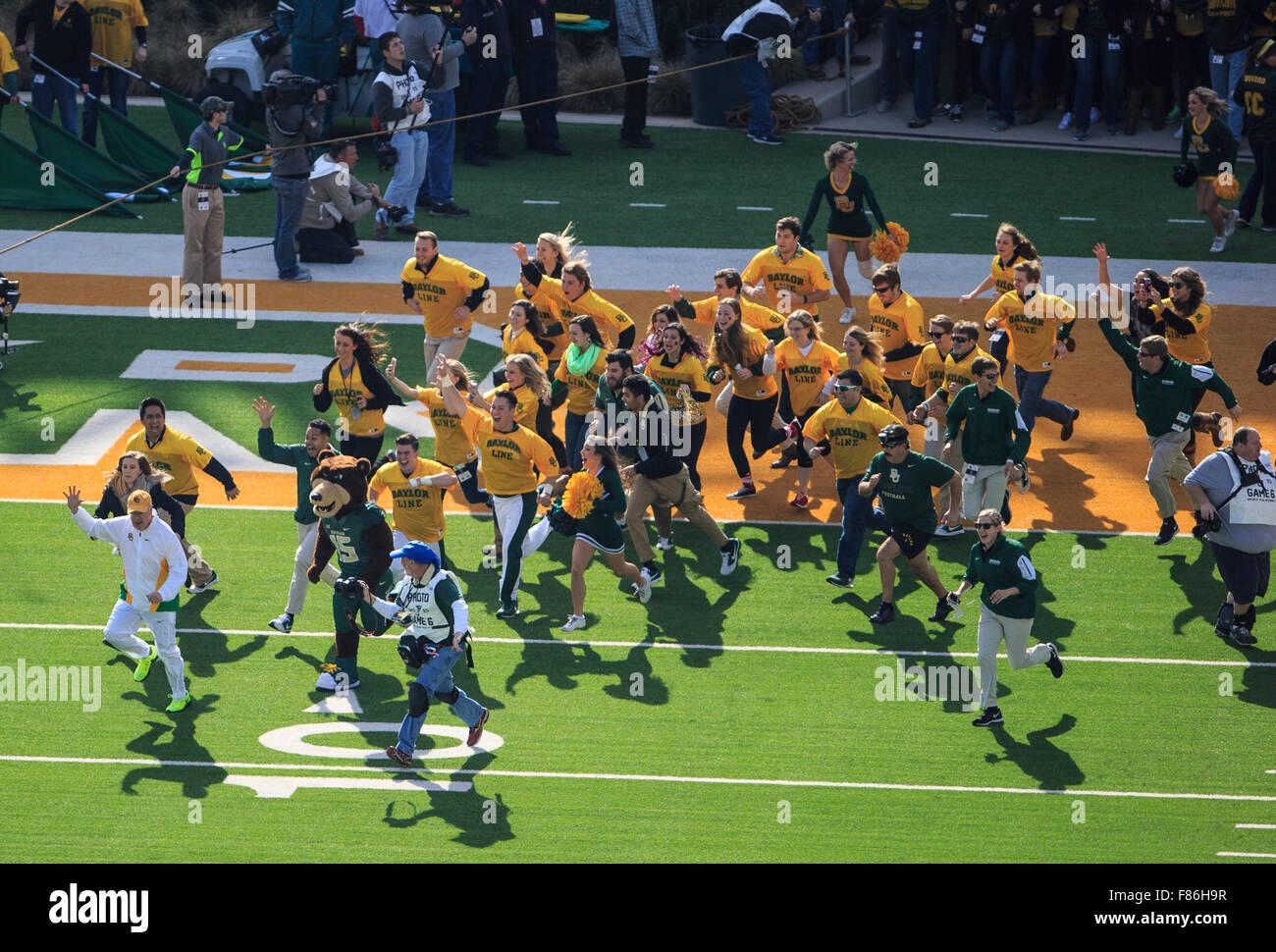 Waco, Texas, USA. 5th Dec, 2015. Baylor Bears senior line members enter the stadium during the NCAA football game between Texas vs Baylor at McLane Stadium in Waco, Texas. © csm/Alamy Live News Stock Photo