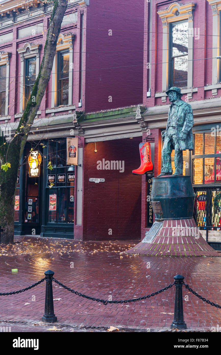 Statue of Gassy Jack in the Gastown district of Vancouver - Stock Image
