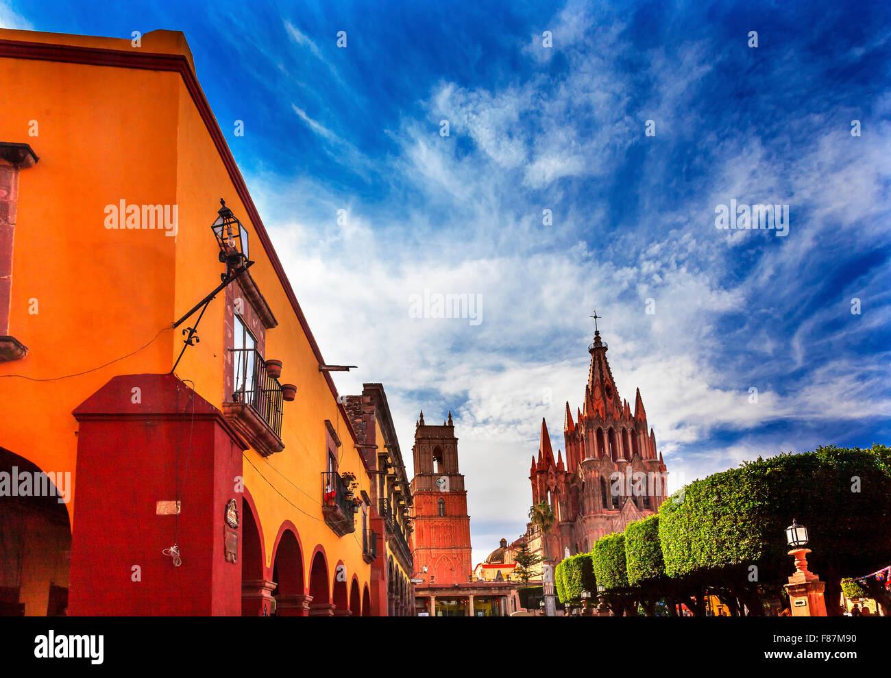Parroquia Archangel church Jardin Town Square San Miguel de Allende, Mexico. Parroquia created in 1600s. - Stock Image