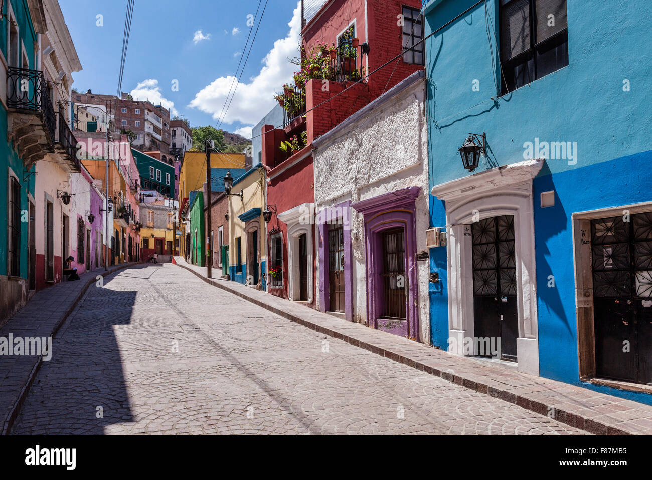 Colorful street in the historic downtown of Guanajuato, Mexico. - Stock Image