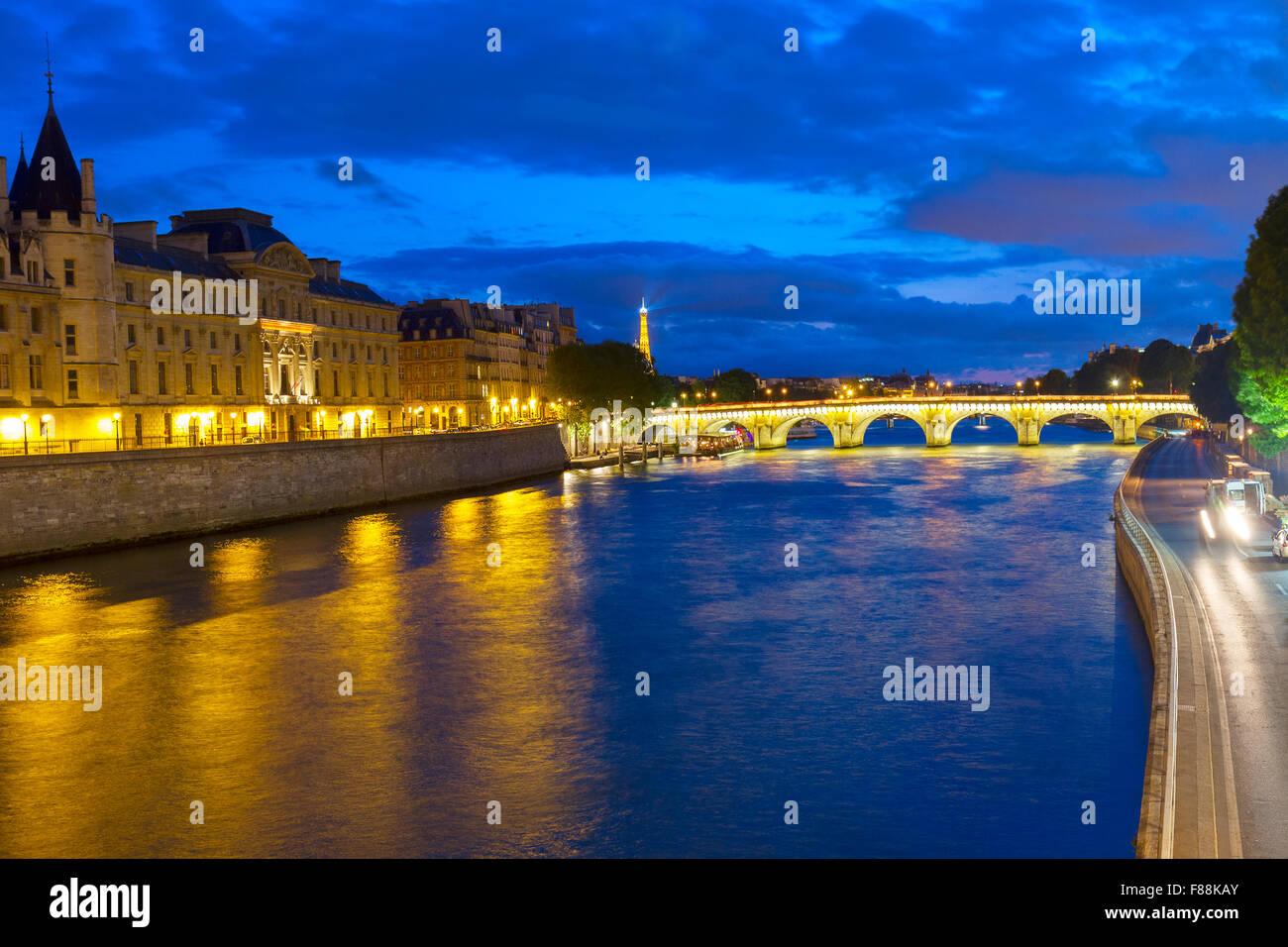 La Conciergerie  and Pont Neuf, Paris, France - Stock Image