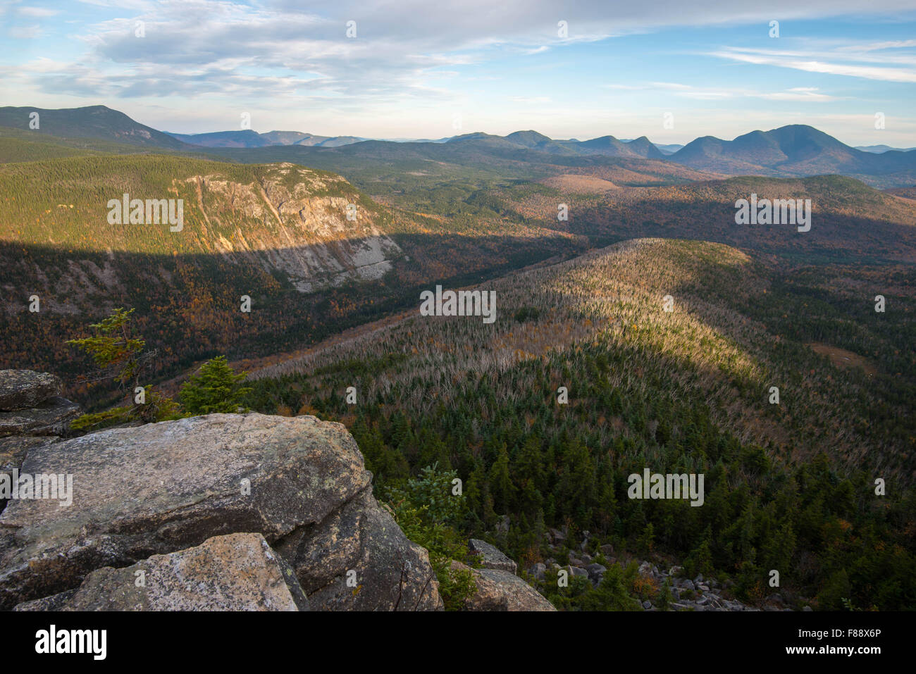 View of Pemigewasset Wilderness from Zeacliff in the fall, White Mountains, New Hampshire, USA - Stock Image