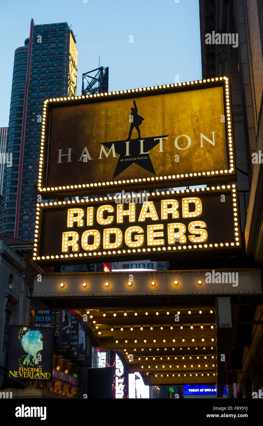 hamilton city chat This is a musical rp stream, so feel free to have fun and do some musicals doesn't have to be just hamilton, so have fun guys.
