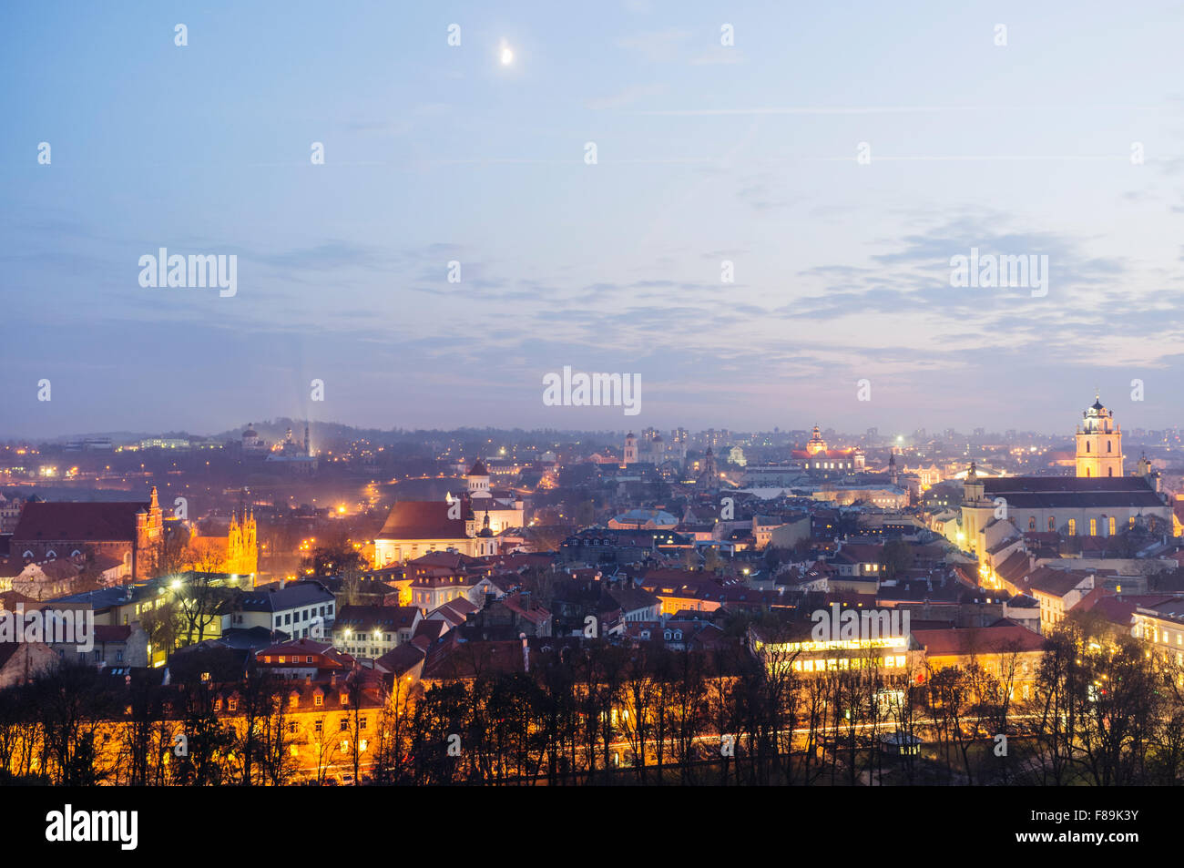 Old town overview at night. Vilnius, Lithuania, Europe - Stock Image