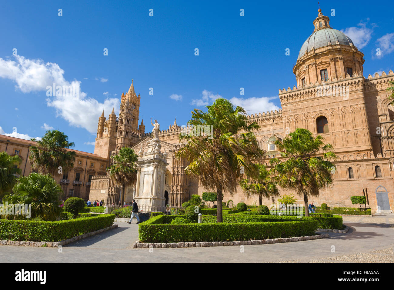 Palermo Cathedral, view of the 12th century cathedral (Cattedrale Metropolitana della Santa Vergine Maria Assunta) - Stock Image