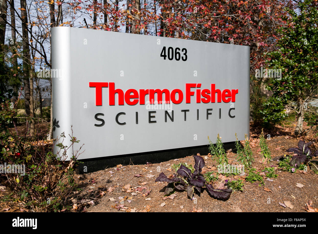 A logo sign outside of a facility occupied by Thermo Fisher Scientific Inc., in Research Triangle Park, North Carolina - Stock Image