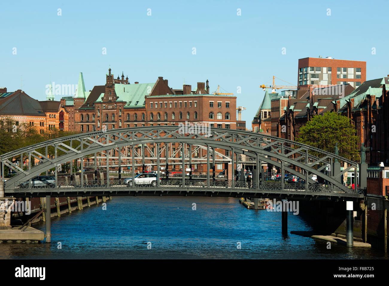 Deutschland, Hamburg, Speicherstadt, Zollkanal, Kibbelsteg Stock Photo