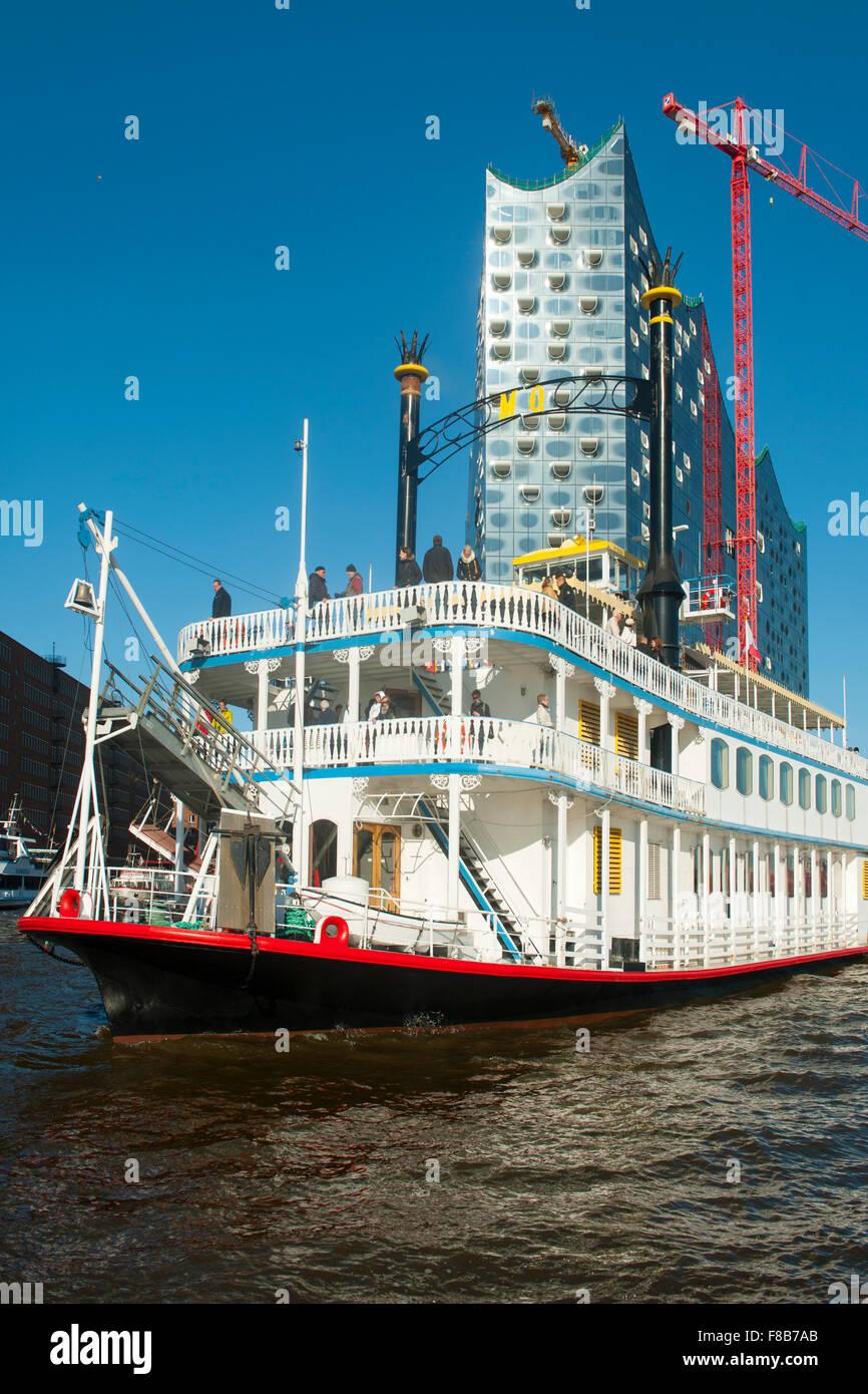 Deutschland, Hamburg, Hamburger Hafen, Heckschaufel-Raddampfer Mississippi Queen - Stock Image