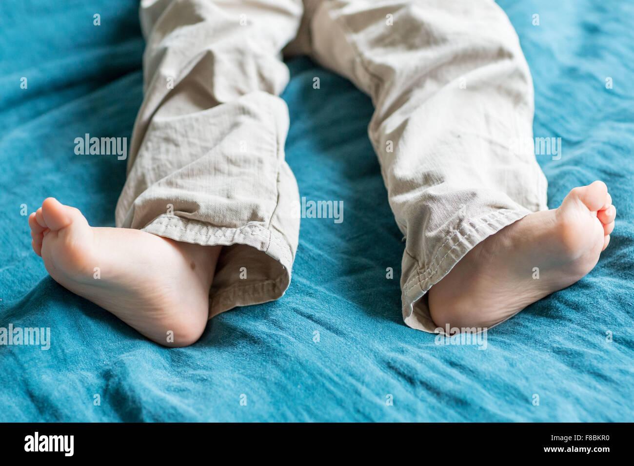 2 Year Old Boys Feet