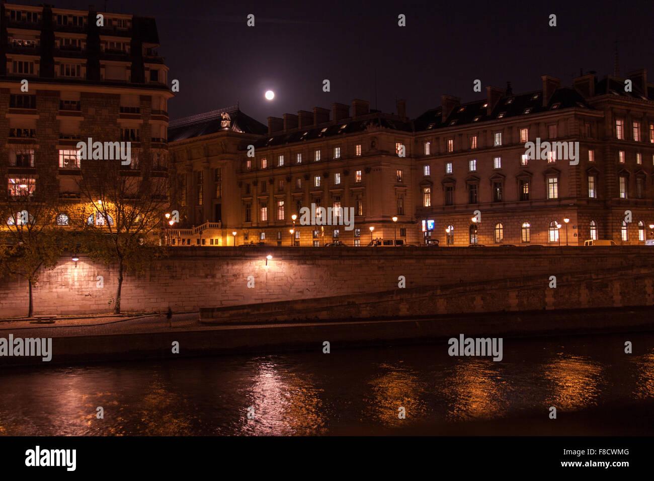 Palais Bourbon, Quai d'Orsay from across the Seine Stock Photo