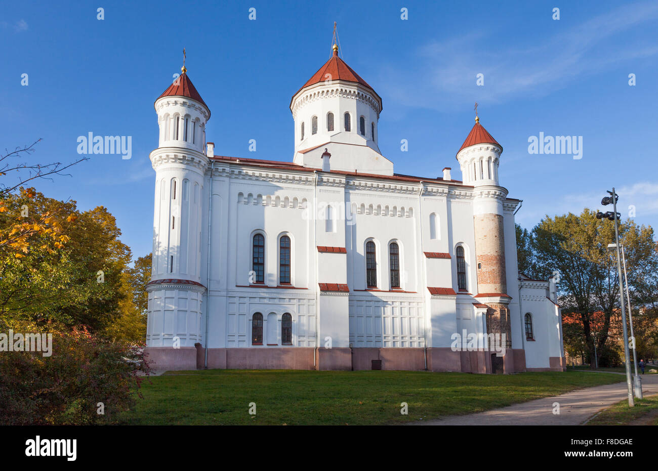 The Cathedral of the Theotokos, Vilnius, the main Orthodox church in Lithuania, in autumn on a sunny day with clear - Stock Image