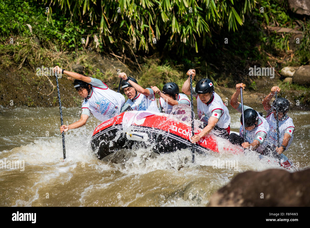 Japan U23 men's team in action in the sprint race category during the 2015 World Rafting Championships. - Stock Image