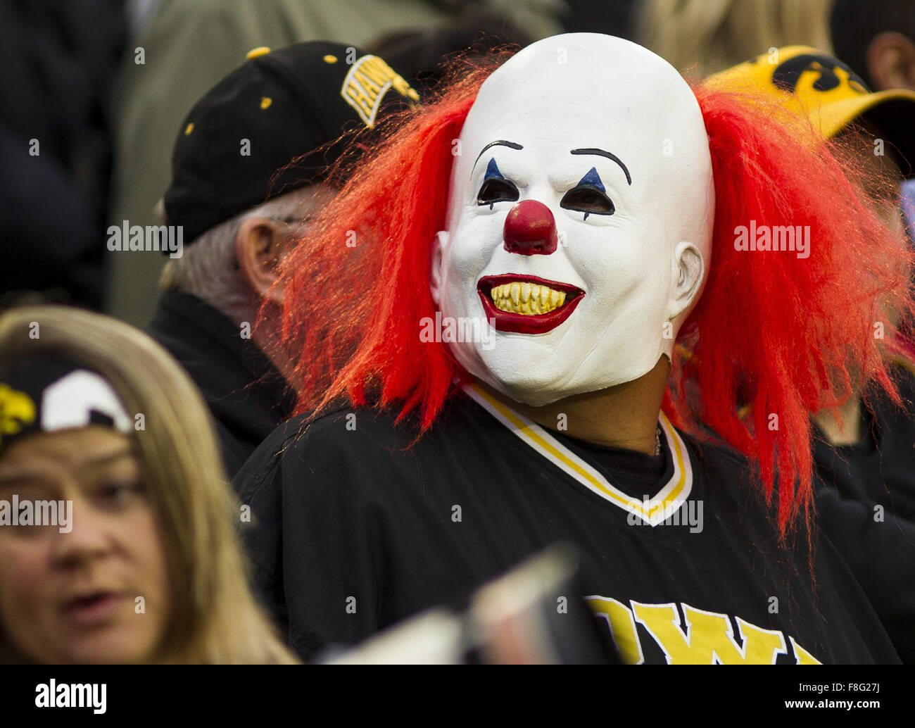 Iowa City, Iowa, USA. 31st Oct, 2015. A fan dressed as Pennywise the clown from the movie ''It'' cheers on the Hawkeyes Stock Photo