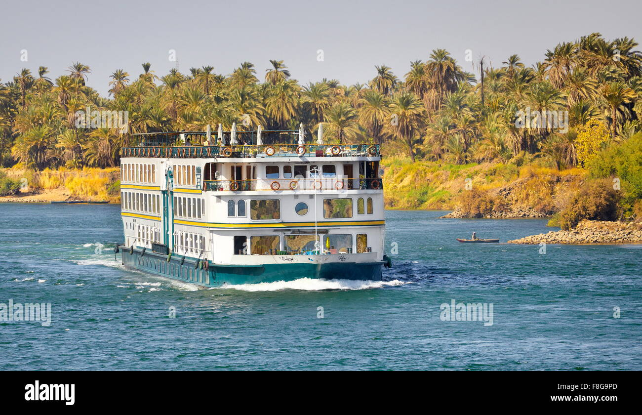Egypt - cruise on the Nile river, near Aswan - Stock Image