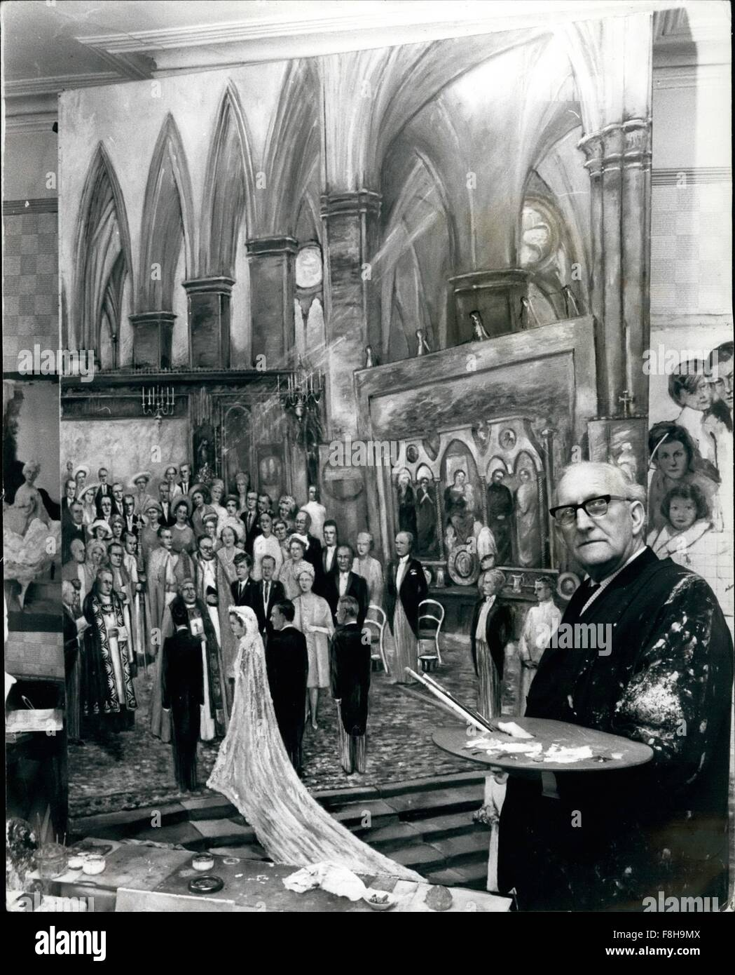 1962 - This Artist has just finished painting he Royal Wedding - of Princess Alexandra. A painting of the wedding - Stock Image