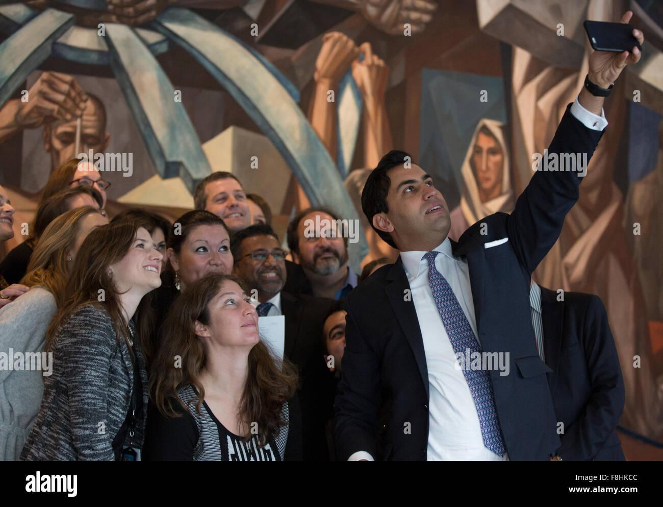 Ahmad Alhendawi ahmad alhendawi (holding cellphone), united nations stock