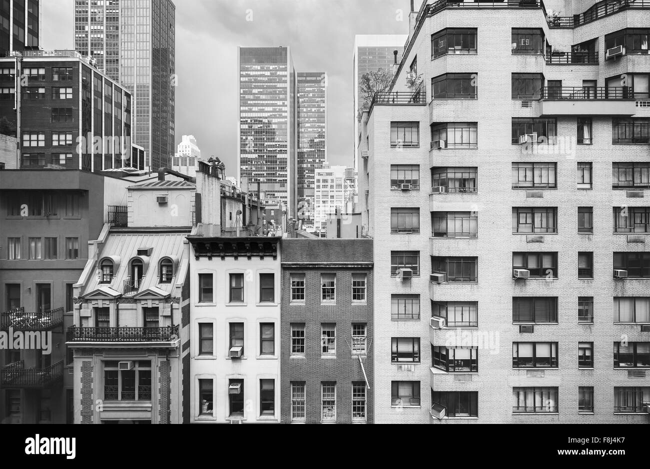 Black and white photo of New York buildings, USA. - Stock Image