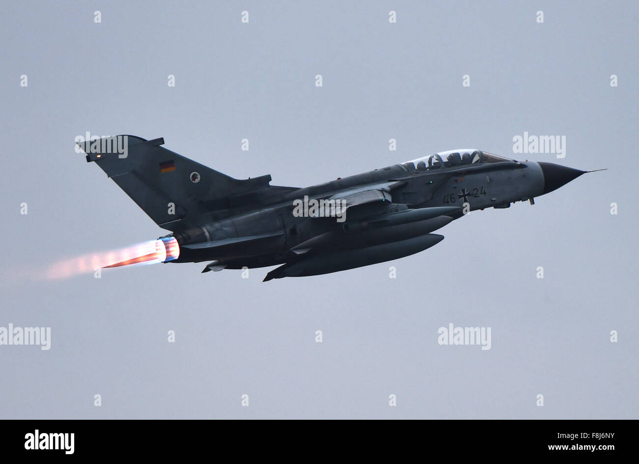 A Tornado combat aircraft headed to Turkey takes off at the Luftwaffe airbase in Jagel, Germany, 10 December 2015. - Stock Image