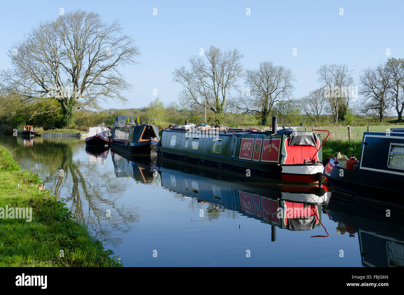 Boats on Oxford Canal, Rugby, Warwickshire, England - Stock Image
