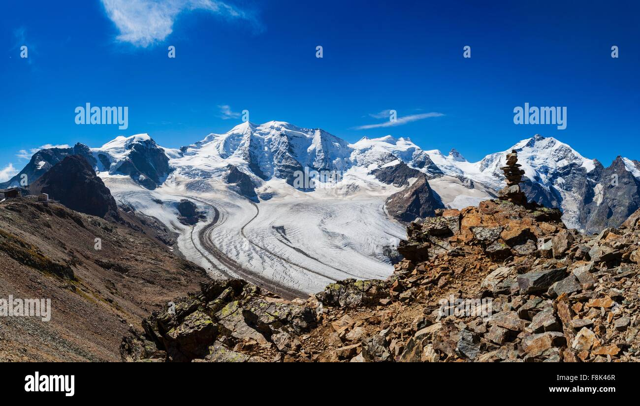 Elevated view of snow covered mountain and valley tracks, Eggishorn, Switzerland - Stock Image