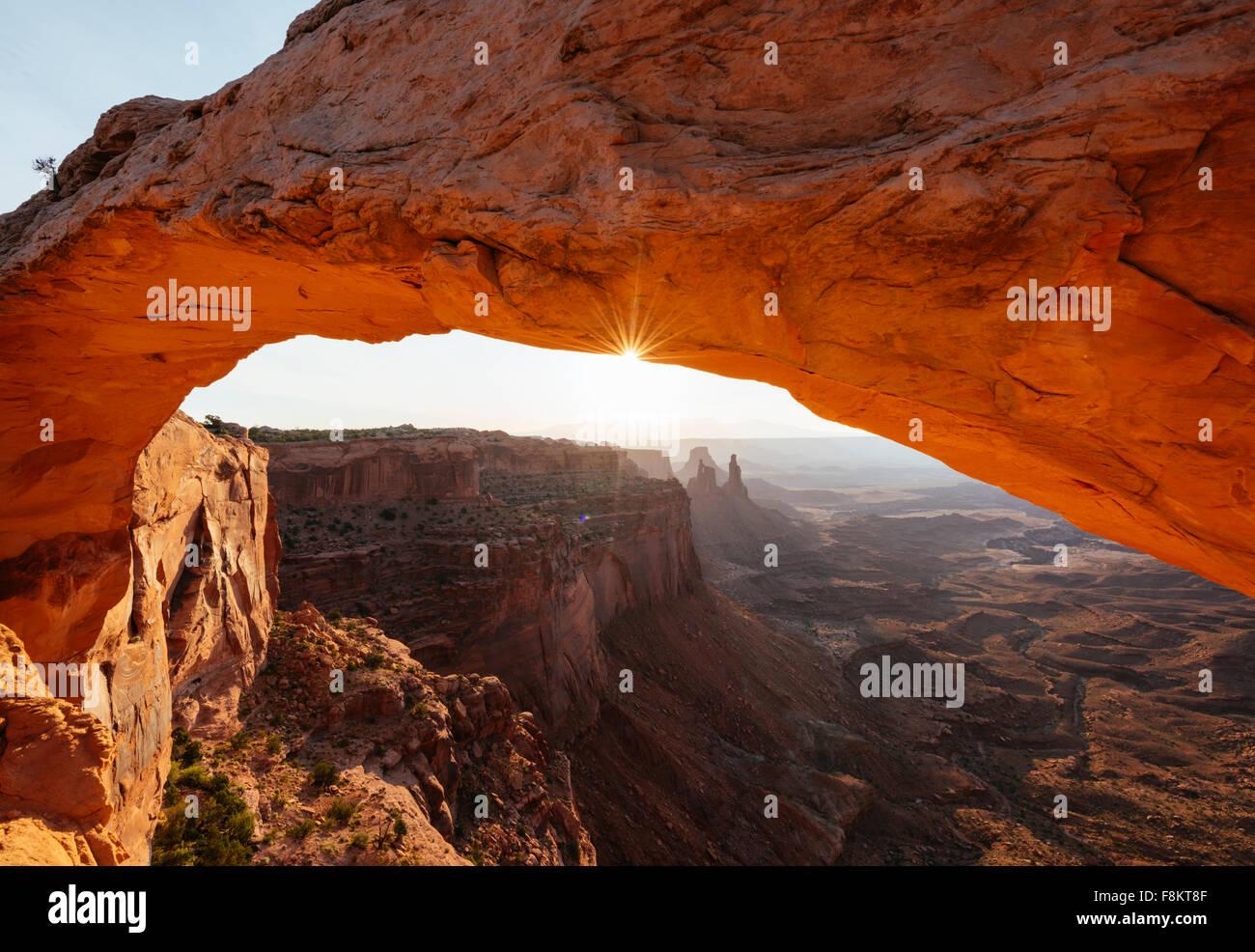 Mesa Arch at dawn, Canyonlands National Park, Utah, USA - Stock Image