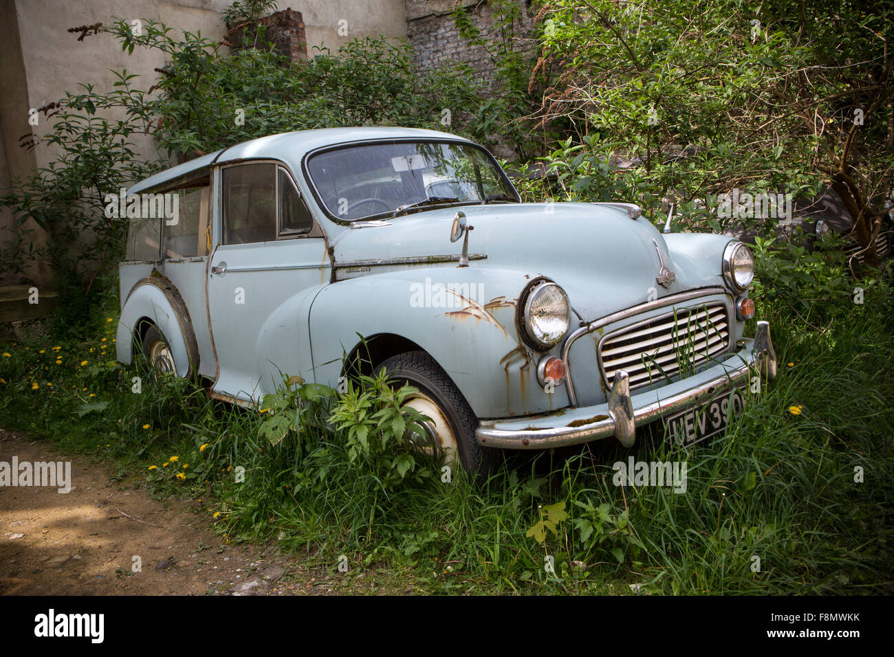 A derelict Morris Minor Traveller. - Stock Image